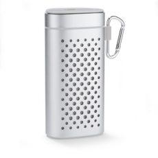 srebrny głośnik bluetooth z funkcją powerbanku